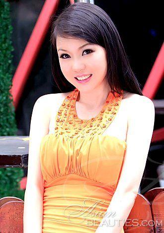 Hundreds of beauties: meet Asian woman Zhiting