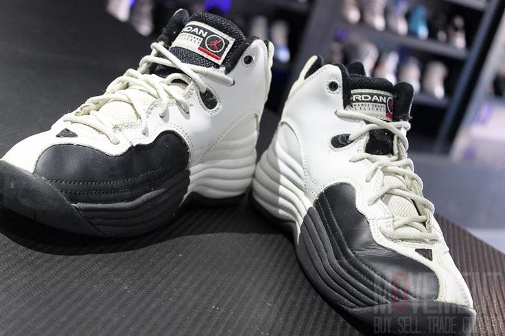 ab64b2f48762 nike air mu99xs93 jordan jumpman team 1 retro black white  jordan jumpman  team 1 black and white