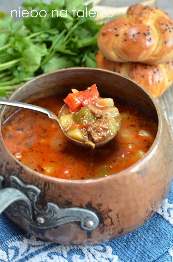 niebo na talerzu: Jak się robi zupę gulasz