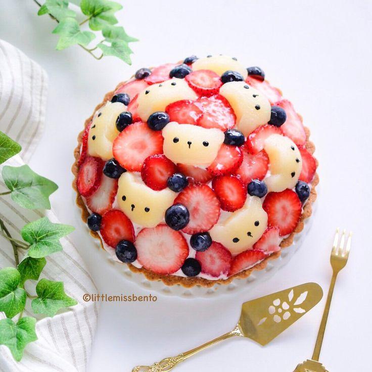"kawaii food - Little Miss Bento (@littlemissbento) on Instagram: ""Homemade raspberry cream cheese Japanese fruit tart. Swipe to see the beautiful layers of the…"""