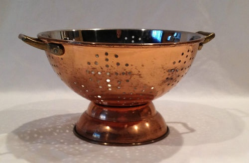 Vtg copper colander brass handles nice gadget kitchen must have item l k the kitchen is where - Applying the pretty copper accessories into your kitchen ...