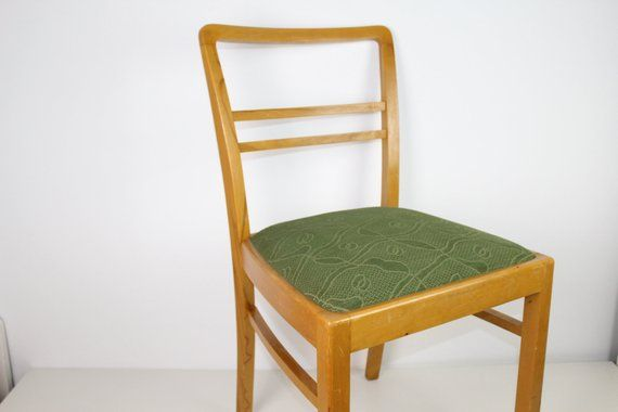 Vintage Polsterstuhle 2 Verfugbar Modernes Mobeldesign Mobel Fur Kleine Raume Und Bunte Mobel
