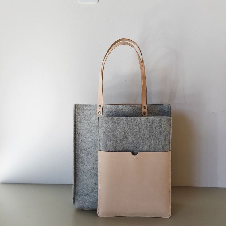 "Grey felt & leather shopper and Grey felt & leather 13"" MacBook Air sleeve handmade in by gitte studio NL"