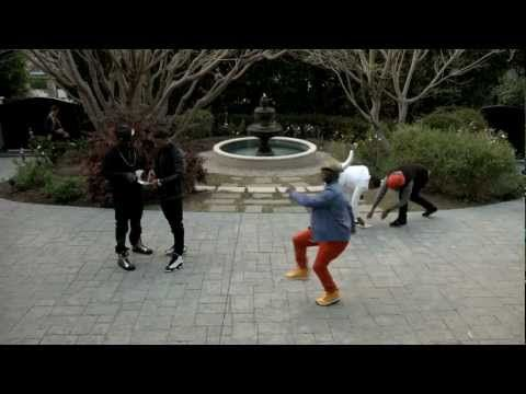 No disrespect to the real Harlem Shake but this Kevin Hart video cracks me up. Nelly doing a MIchael Jackson impersonation and Wanda Sykes doing some random dance makes it even better.