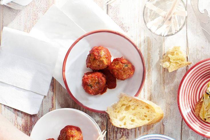 Albóndigas heten ze in het Spaans, deze gehaktballetjes met rode peper. Recept - Albondigas - Allerhande