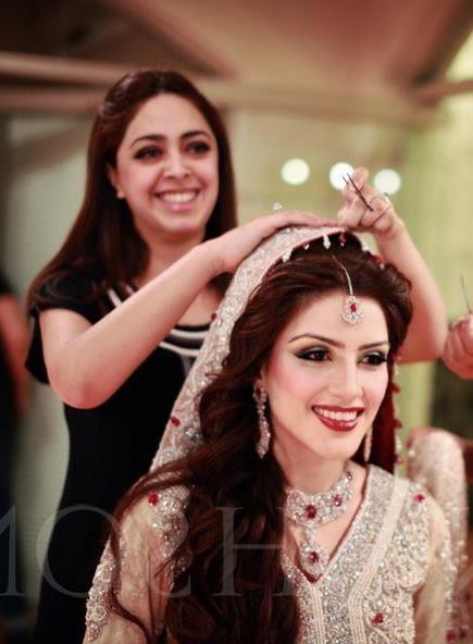 Pakistani bride, Pakistani fashion.
