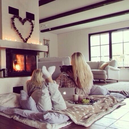 Ugh their lazy day looks beautiful! The  fireplace, the warm blankets and the fuzzysocks!!