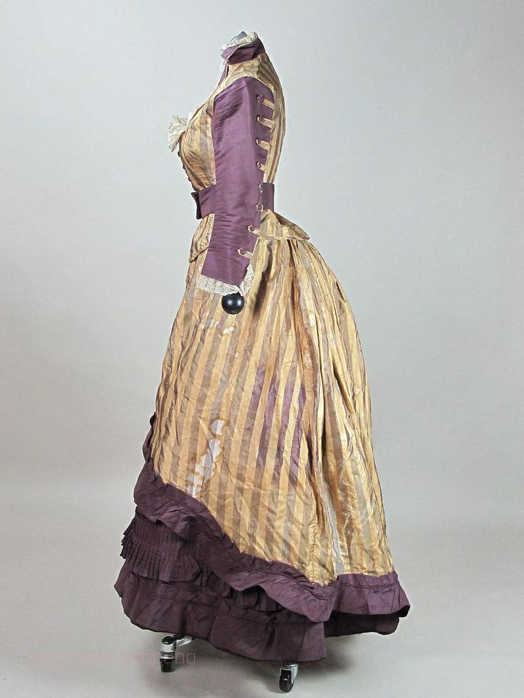 victorian era fashion essay Free essay: before research before the victorian era, the main focus of fashion was for men women's' fashion changed some, but the general idea of long.