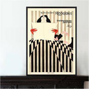 Forlystelseskongen Lorry brugte plakaten som reklame for de skiftende forestillinger i Riddersalen, der fylder 100 år i år. Nu er plakaten af Sven Brasch kommet i glas og ramme og er en af de mest efterspurgte kunstværker hos os. Læs historien om den stribede plakat: http://blog.danskplakatkunst.dk/plakathistorier/riddersalen-100-ar/