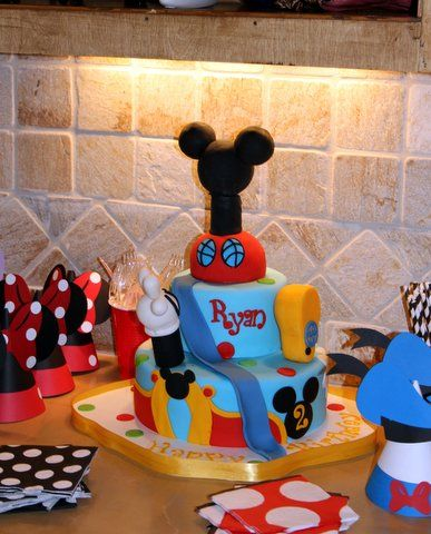 13 best Mickey Mouse Birthday Decorating Ideas images on Pinterest