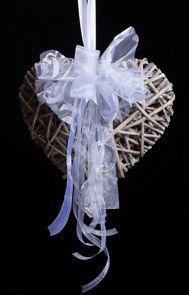 Καρδιά Μπαμπού κρεμαστή, διακοσμημένη με κορδέλες!