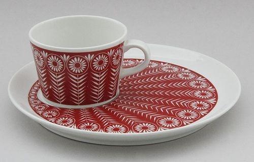 Kaj Franck Vintage Red Riikinkukko Cup Plate Raija Uosikkinen Arabia Finland