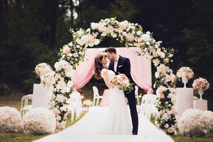 romantic wedding spot, beautiful bride and groom, decoration and flowers inspiration