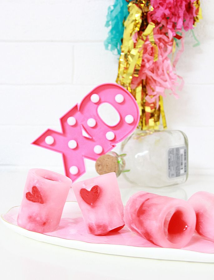 diy ice heart shot glasses, make your own shot glasses, galentine ideas, diy galentine party