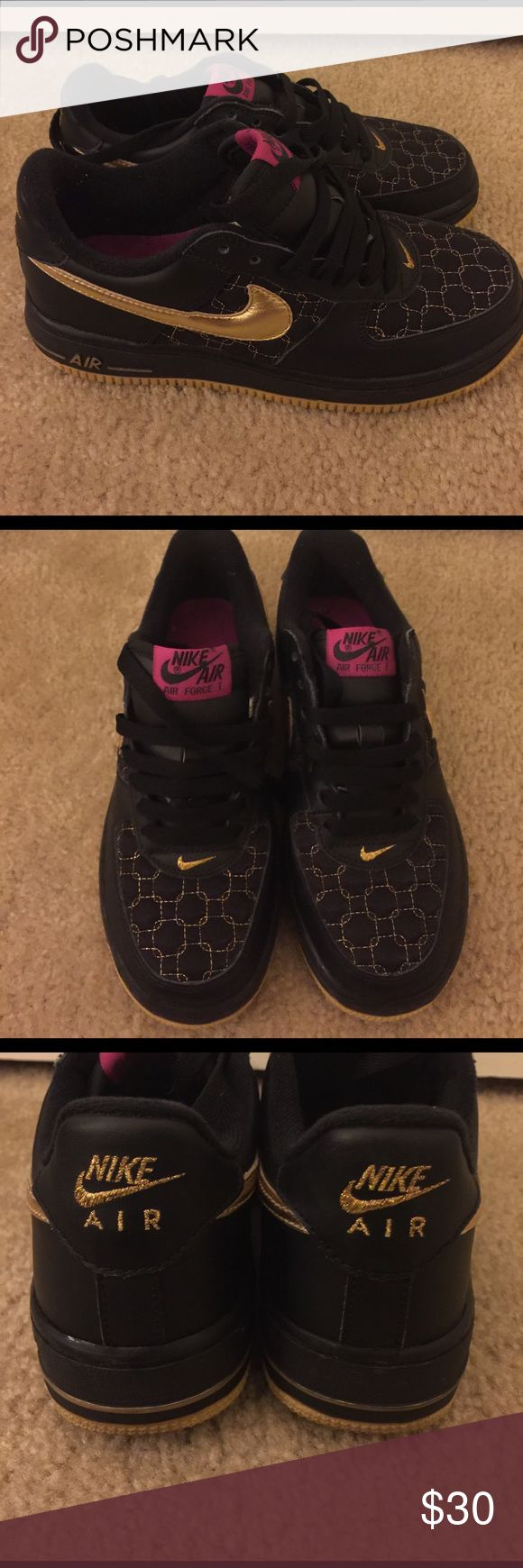 Black/Gold Air Force Ones These shoes are in perfect condition Nike Shoes