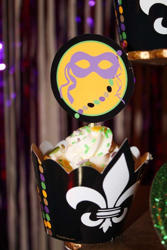 Mardi Gras party cupcakes! See more party planning ideas at CatchMyParty.com!