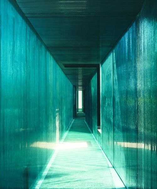 Glass as constructive material in Kruunenberg Architecten and Paul van der Erve's Glass House Laminata