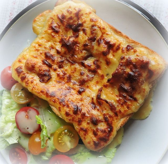 Bacon and Rarebit Quickie