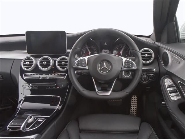 Mercedes-Benz C Class Saloon interior view