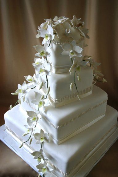 So Elegant!!!   I LOVE these square shaped layers with beautiful Hand molded flowers