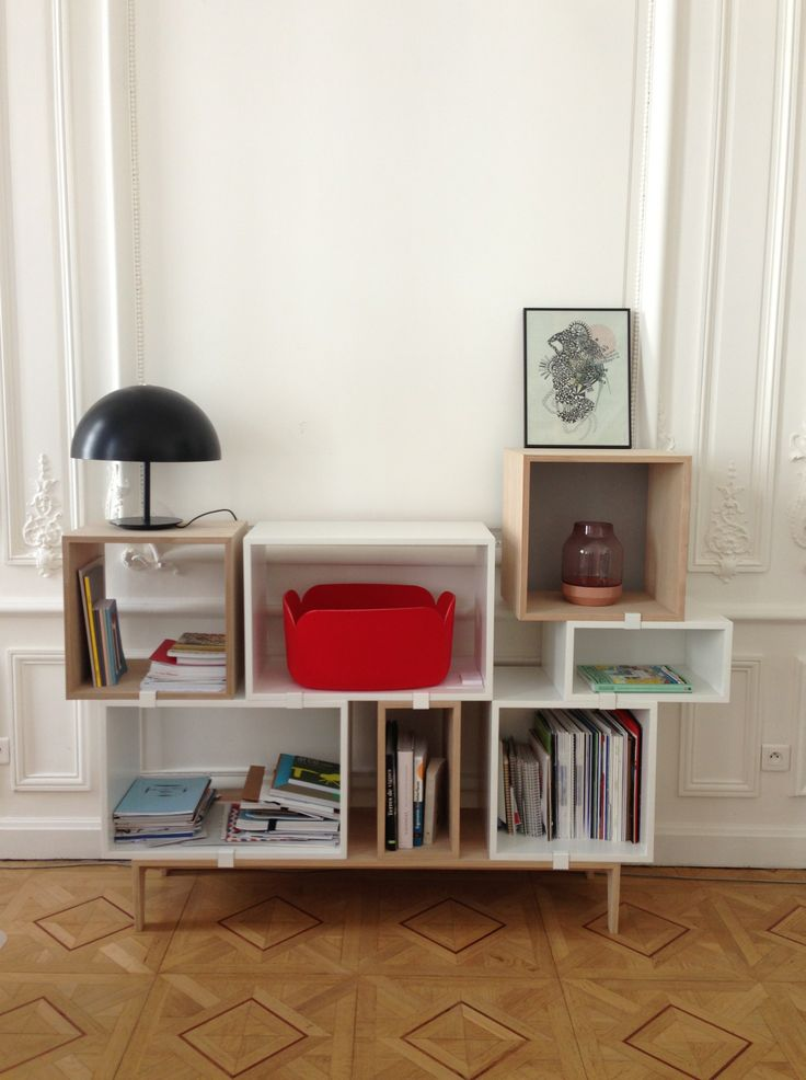 Les étagères stacked dans nos locaux goodobject. Assemblez les comme vous le souhaitez ! http://www.goodobject.me/stacked-muuto-bibliotheque-modulable/1055-muuto-stacked-composition-etagere-modulable.html