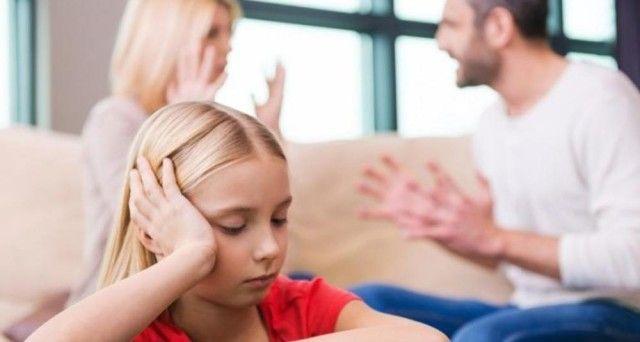 Se la ex moglie parla male del papà ai figli, deve risarcire i danni