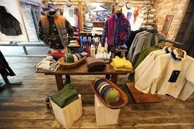 「patagonia store」の画像検索結果