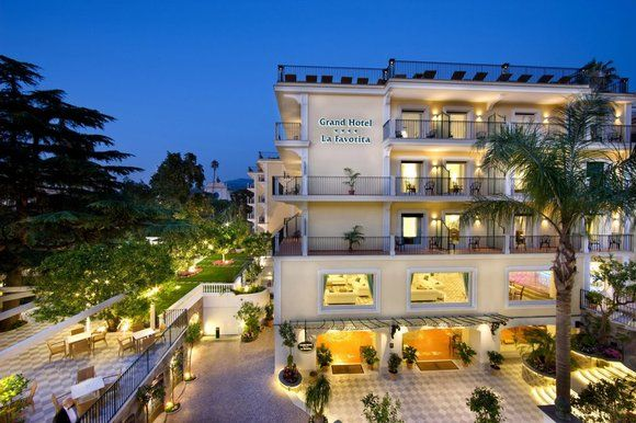Win a luxury four-night break for two in Sorrento. Simply answer a question to be in for the draw.