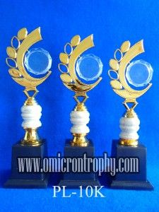 Jual Trophy Piala Penghargaan, Trophy Piala Kristal, Piala Unik, Piala Boneka, Piala Plakat, Sparepart Trophy Piala Plastik Harga Murah Agen Jual Piala Trophy Marmer Murah-PL-10K