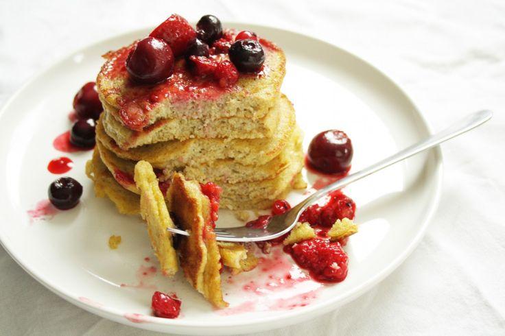 Paleo pannenkoekjes met rood fruit