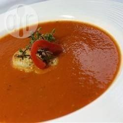 Суп-пюре из запеченного сладкого перца и помидоров