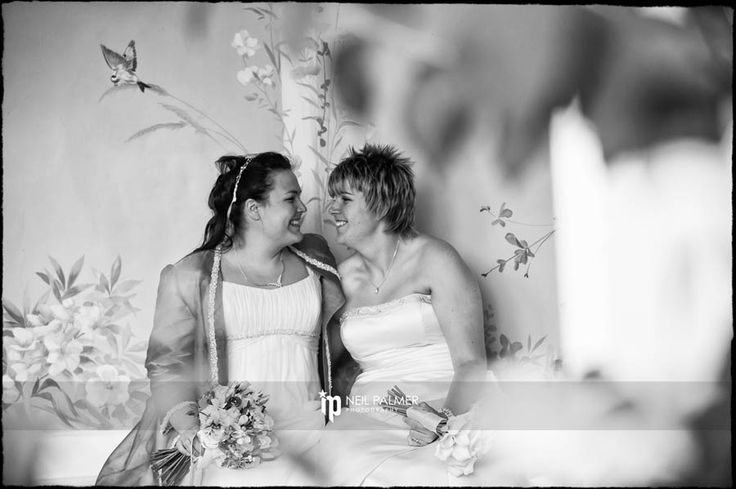 Wasing Park Wedding Photography – Jenny and Amy's civil ceremony #samesexweddings #wasingpark