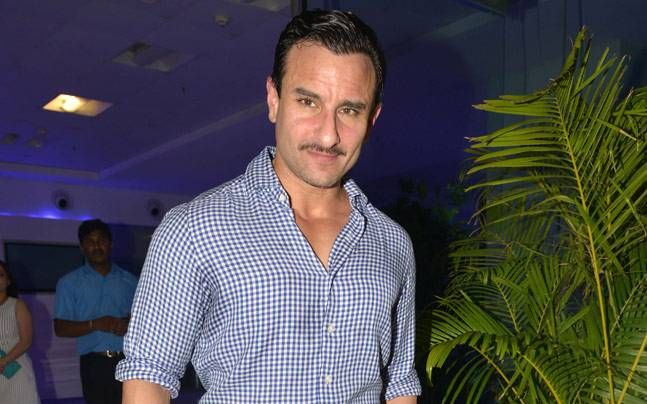 Saif Ali khan is again playing handicapped in Vishal Bahradwaj's Rangoon