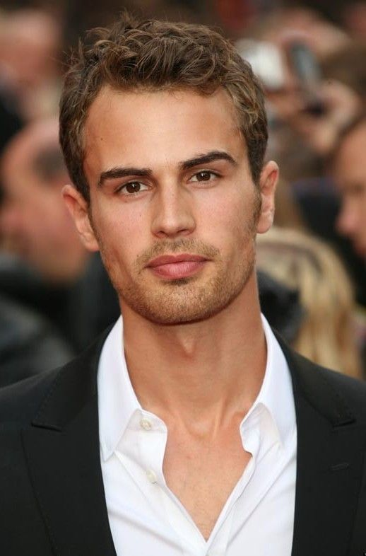Theo James Age, Weight, Height, Measurements - http://www.celebritysizes.com/theo-james-age-weight-height-measurements/