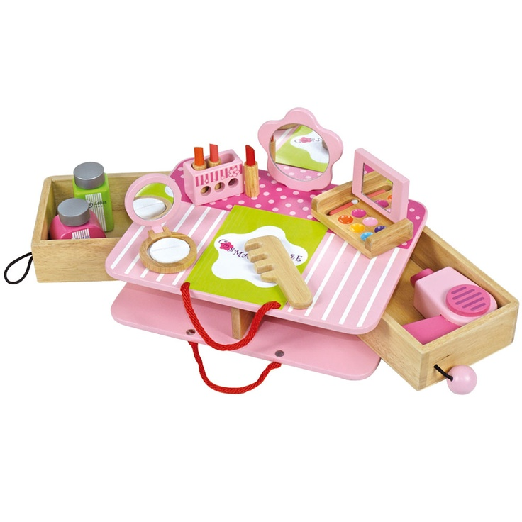 Youngsters are often curious about make-up and this lovely set is the ideal way to let them play without growing up too soon! The set contains a fold out carry case, a mirror, a comb, lots of wooden make up and even a hairdryer to ensure hours of imaginative and fun play.