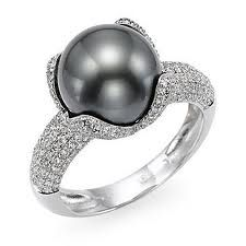 Black pearl and diamond, my left hand has been waiting for you.
