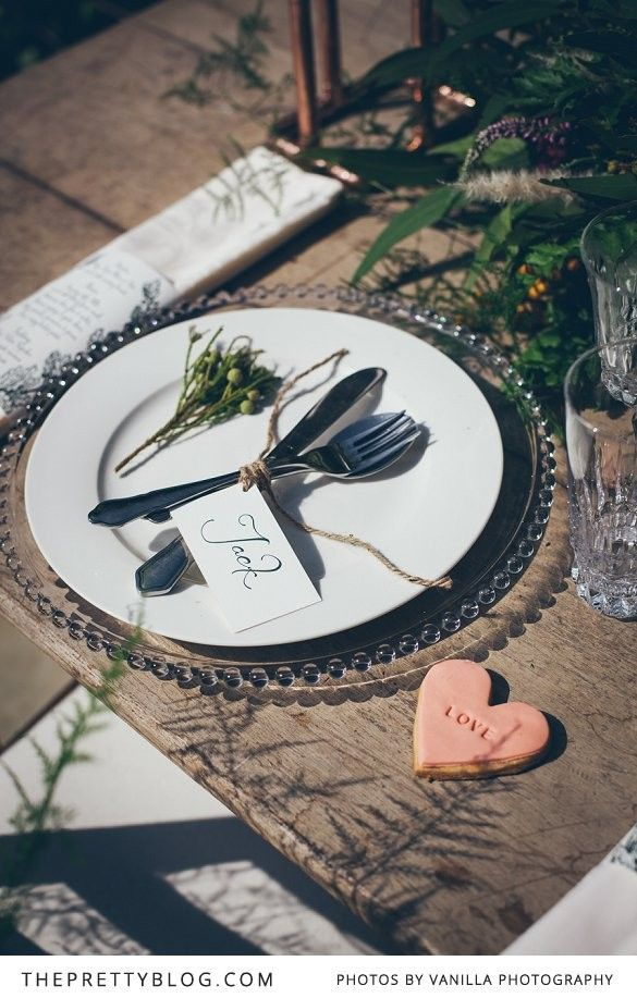 Table setting idea for a rustic Thanksgiving!  Flowers & Styling: Adore Weddings | Photographer: Vanilla Photography | Stationery : Alice May Stationary