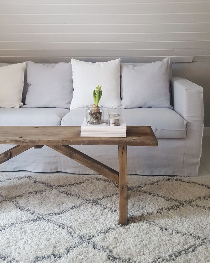 Best 25 Linen Sofa Ideas On Pinterest Velvet Pillows