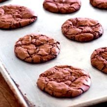 Recipe: Great American Cookie Company's Chewy Pecan Cookies (copycat recipe) - Recipelink.com