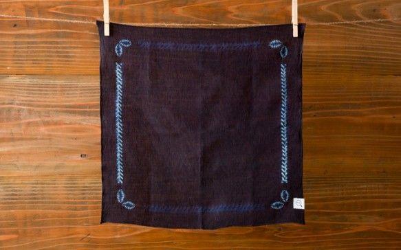 本藍絞り染め オーガニックリネンハンカチ(バンダナ)|ハンカチ・手ぬぐい|ハンドメイド通販・販売のCreema