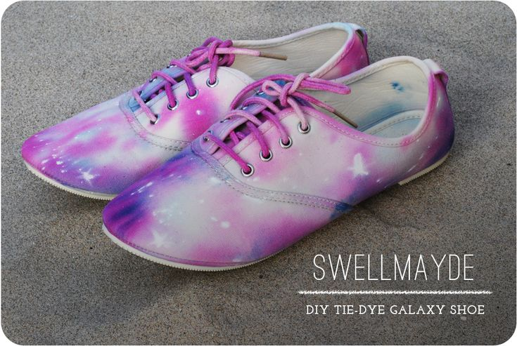 DIY  Tie Dye Galaxy Shoe -- could be used for shirts or anything else that needs to look like the universe! I would use darker colours.