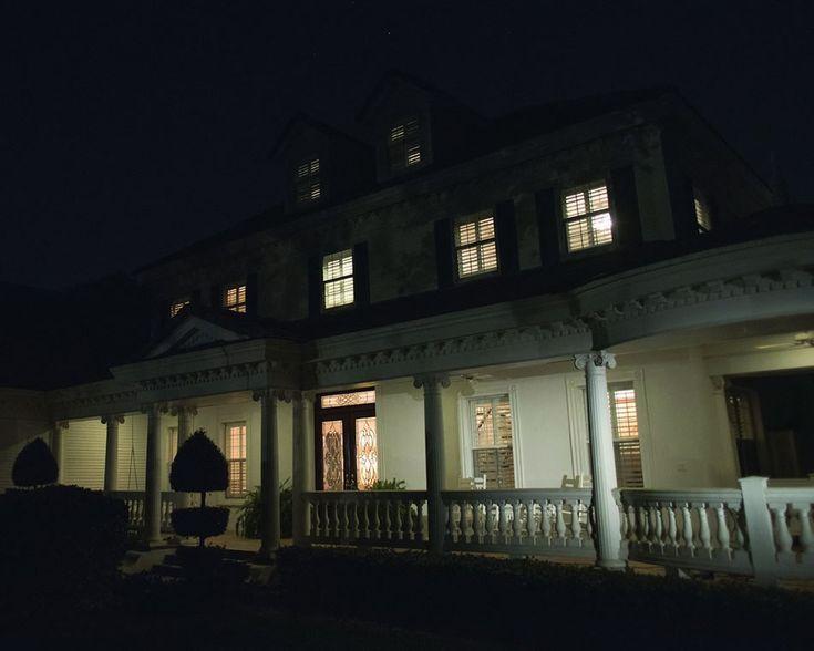 Project christmas lights on house