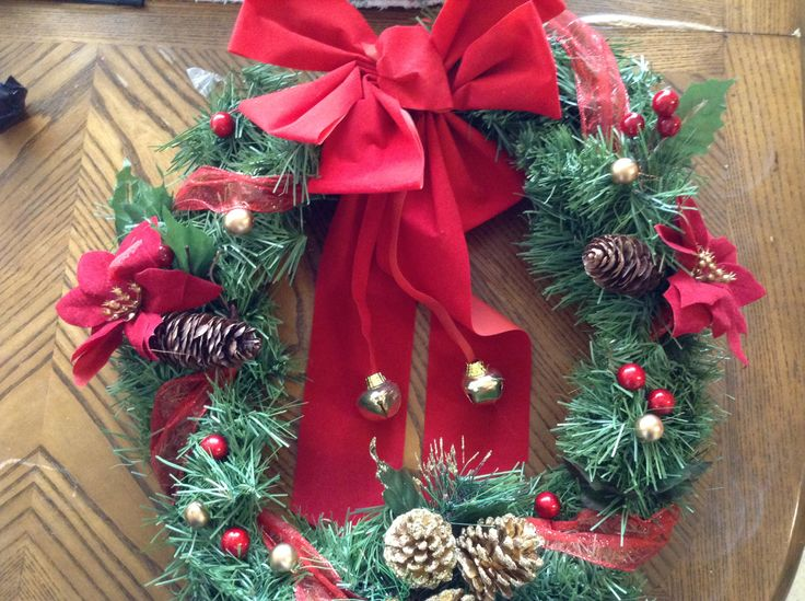 #Christmas #Affordable #Easy #Fun #Michaels #Walmart #99Cents #December #Red #Gold #Cute
