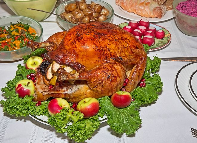Курица с яблоками   Ссылка на рецепт - https://recase.org/kuritsa-s-yablokami/  #Птица #блюдо #кухня #пища #рецепты #кулинария #еда #блюда #food #cook