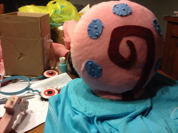 Making Annie's Gary the Snail from sponge bob costume