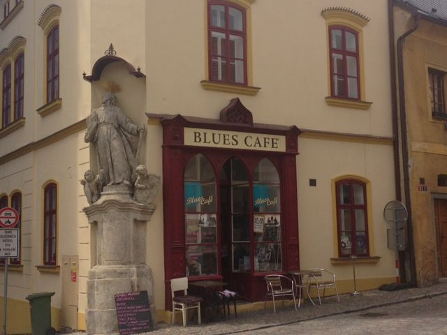 Baroque statues on every corner, really!