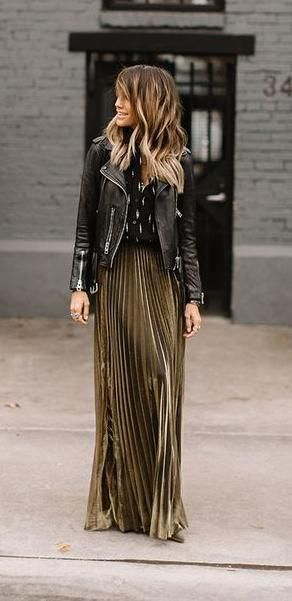What Would Holley Wear: Pleats & Thank You