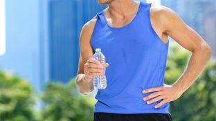 Ο πιο εύκολος τρόπος να πιείτε περισσότερο νερό - http://ipop.gr/themata/frontizw/o-pio-efkolos-tropos-na-piite-perissotero-nero/