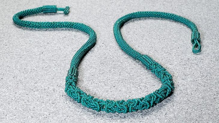 Beaded Byzantine chain mail necklace by Sheryl Yanagi. Learn how to translate a chain mail weave into seed beads. Seed beads. Beaded chain maille. Facet Jewelry. FacetJewelry.com. Bead&Button magazine.