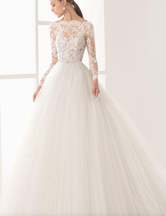 Featured Dress: Rosa Clará; Wedding dress idea.